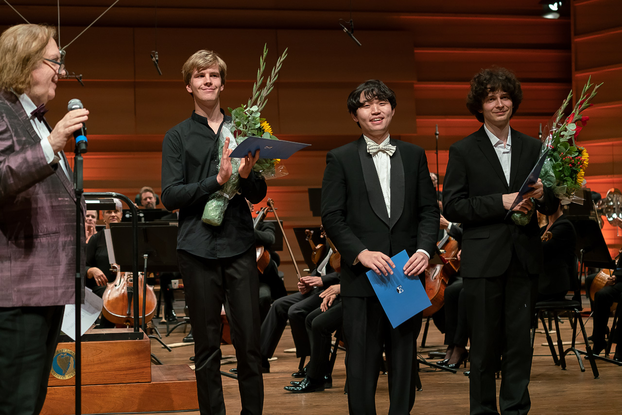 The Grieg Competition Finalists: Matyáš Novák, Ryoma Takagi and Alexey Trushechkin (photo by Dag Fosse).