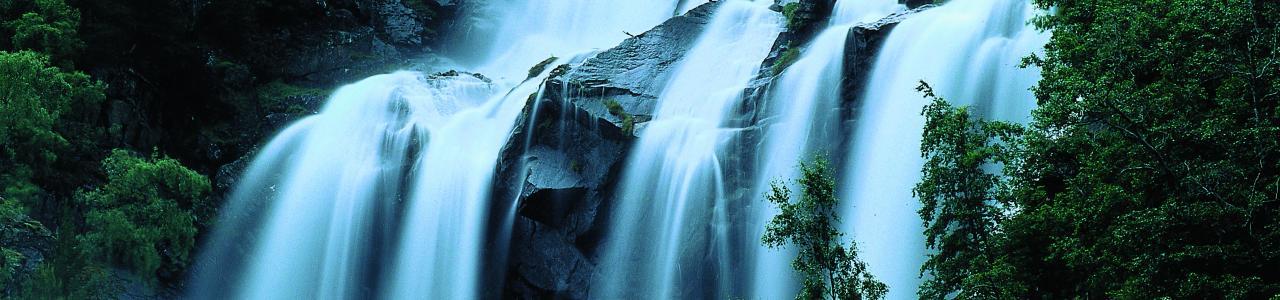 Waterfall in Lærdal (Paul Smit/IMAGO)